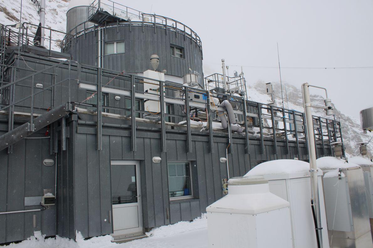 Umweltforschungsstation Schneefernerhaus kurz unterhalb des Zugspitzgipfels; Foto: Conie Morarescu